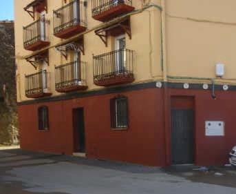 Locales en Aguilar de Codés (00396-0001) - foto0