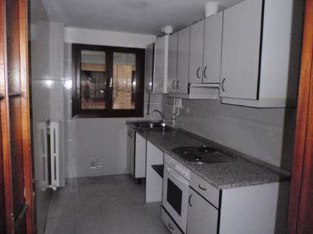 Apartamento en Zaragoza (01231-0001) - foto2
