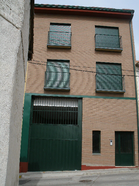 Garaje en Cebreros (21241-0001) - foto1