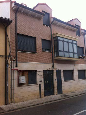 Apartamento en Cabez�n de Pisuerga (M56489) - foto1