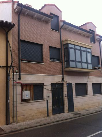 Apartamento en Cabezón de Pisuerga (M56487) - foto1