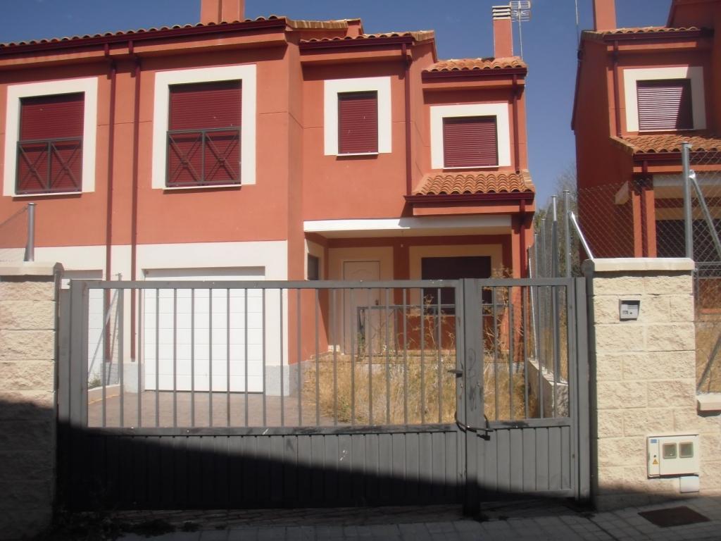 Apartamento en Navalperal de Pinares (M56046) - foto0