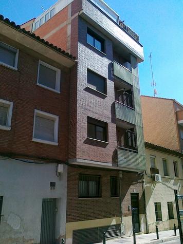 Piso en Zaragoza (22065-0001) - foto0