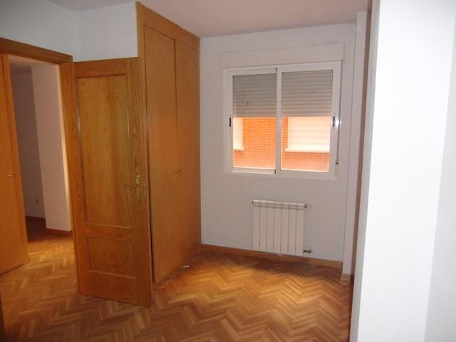 Apartamento en Valdemoro (30180-0001) - foto2