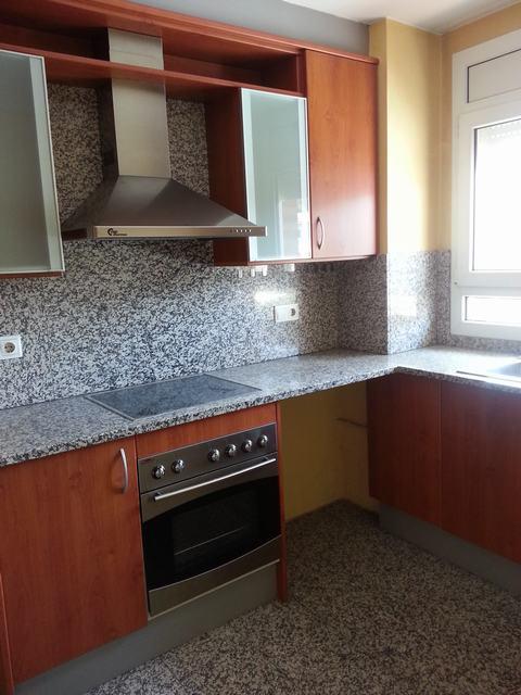 Piso en Girona (30454-0001) - foto3