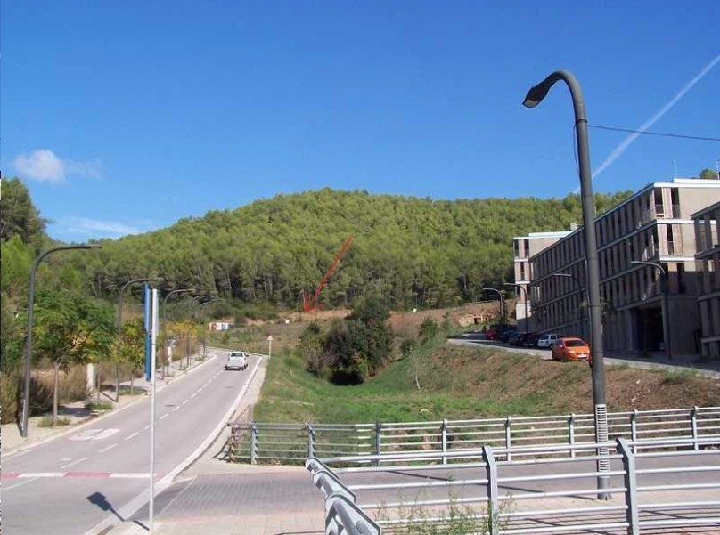 Solares en Torrelles de Llobregat (31321-0001) - foto0