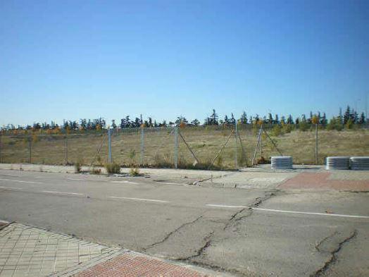 Solares en Arroyomolinos (31867-0001) - foto1