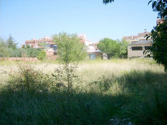 Solares en Figueres (31882-0001) - foto3