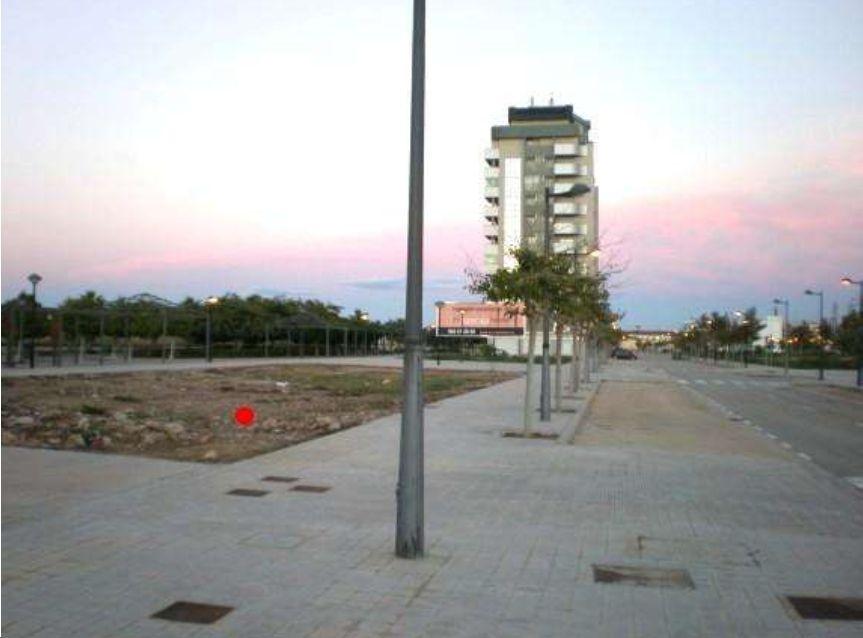 Solares en Valencia (31899-0001) - foto1