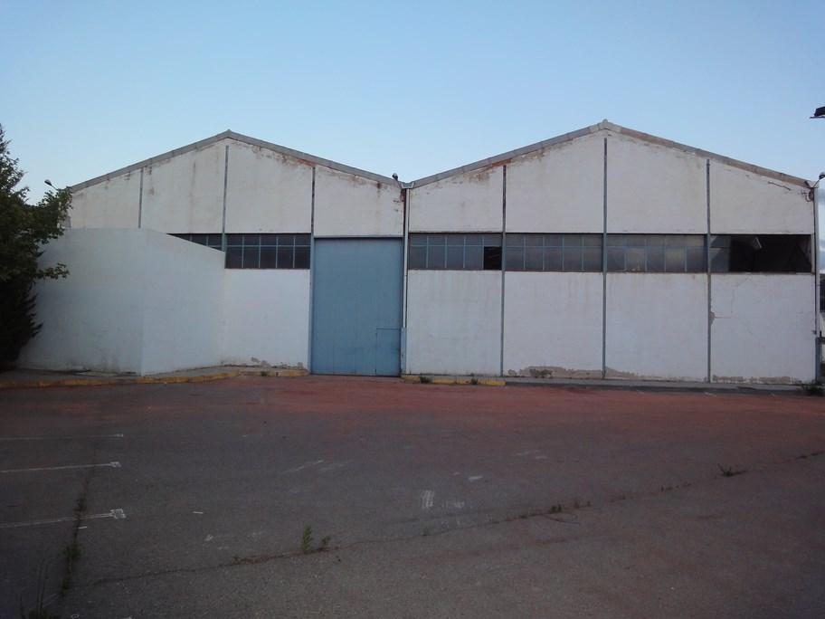 Venta de naves en Montalbán, Teruel,