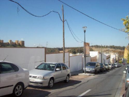 Solares en Alcal� de Guadaira (32419-0001) - foto0