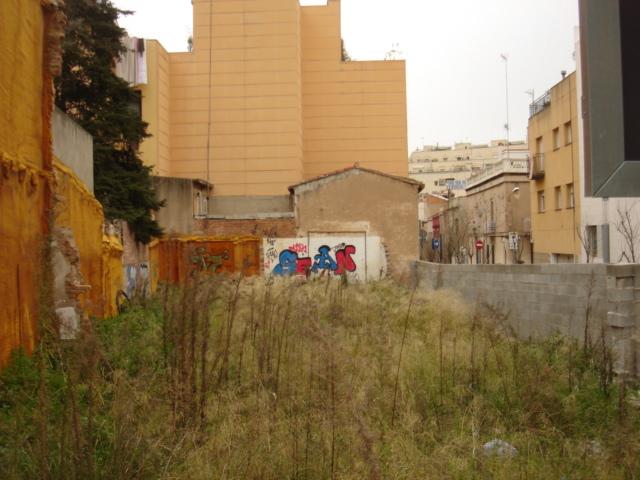 Solares en Barcelona (32496-0001) - foto1