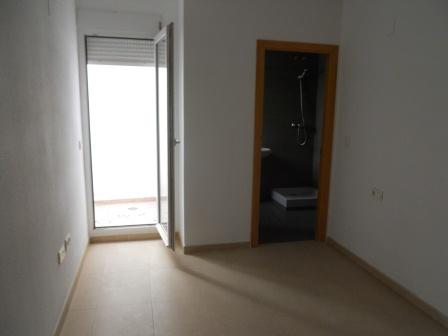 Apartamento en Riba-roja de T�ria (32664-0001) - foto3