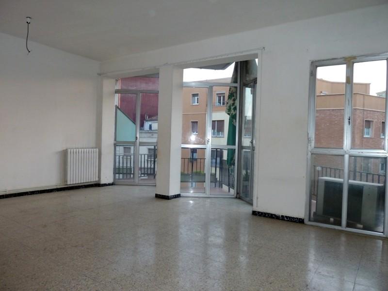 Apartamento en Lleida (32705-0001) - foto1