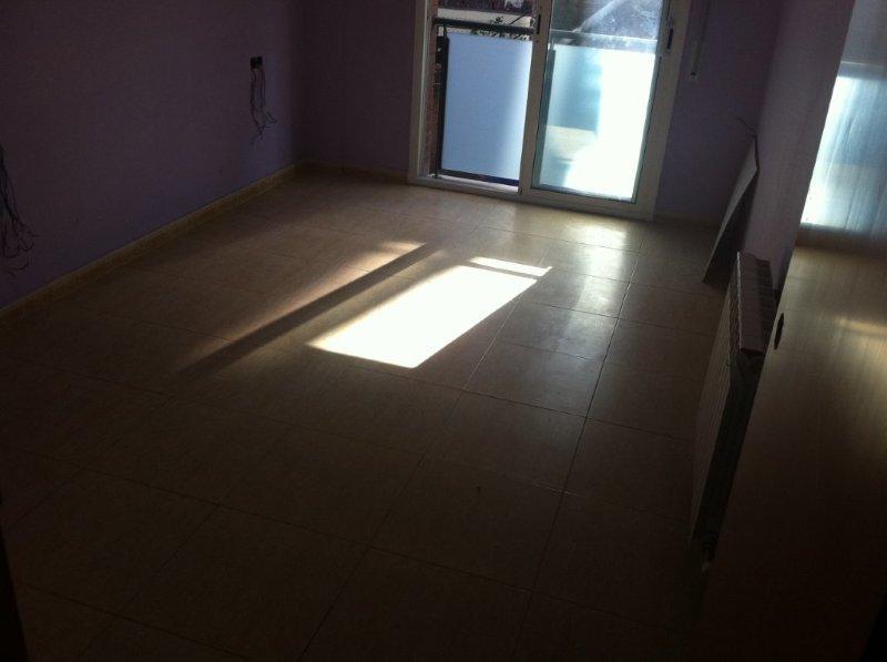Apartamento en Vallirana (32907-0001) - foto1