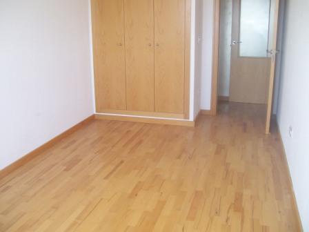 Apartamento en Riba-roja de T�ria (32932-0001) - foto1