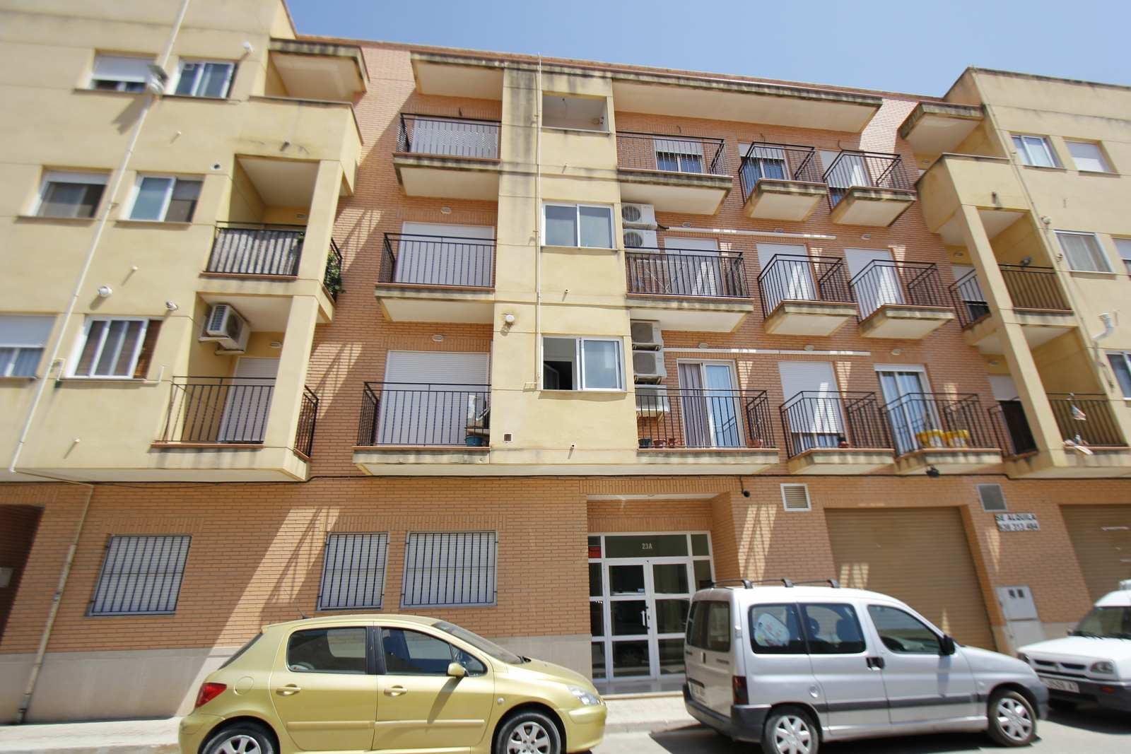 Apartamento en Pobla de Vallbona (la) (32984-0001) - foto0