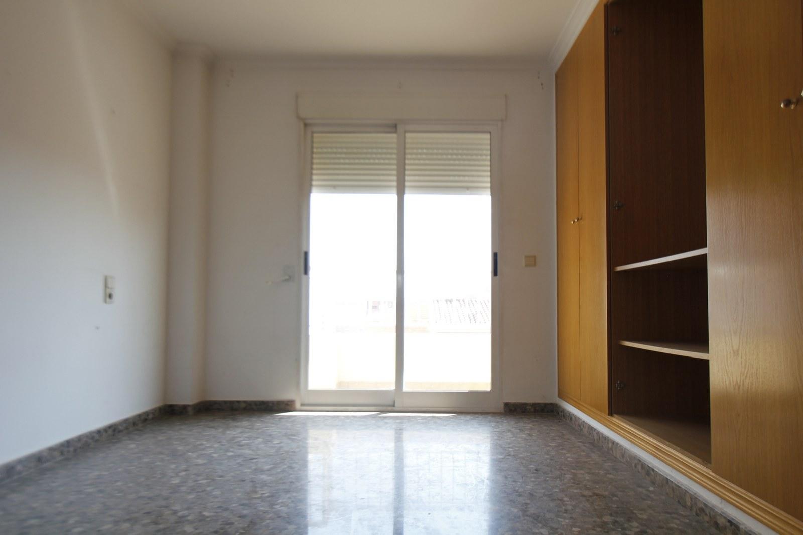Apartamento en Pobla de Vallbona (la) (33448-0001) - foto4
