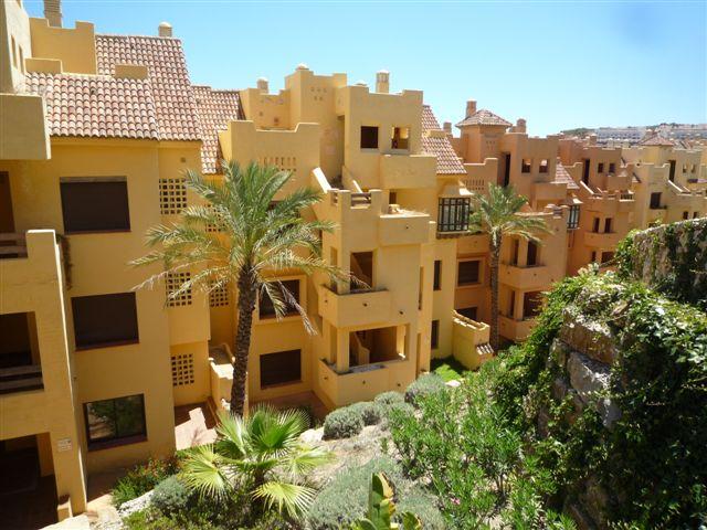 Apartamento en Manilva (33584-0001) - foto1