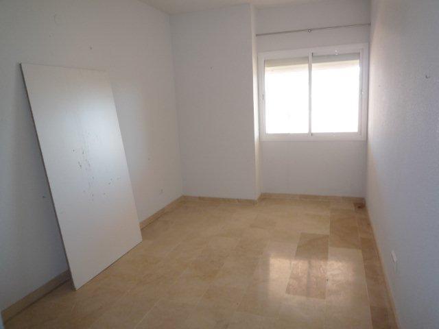 Apartamento en Estepona (33731-0001) - foto3