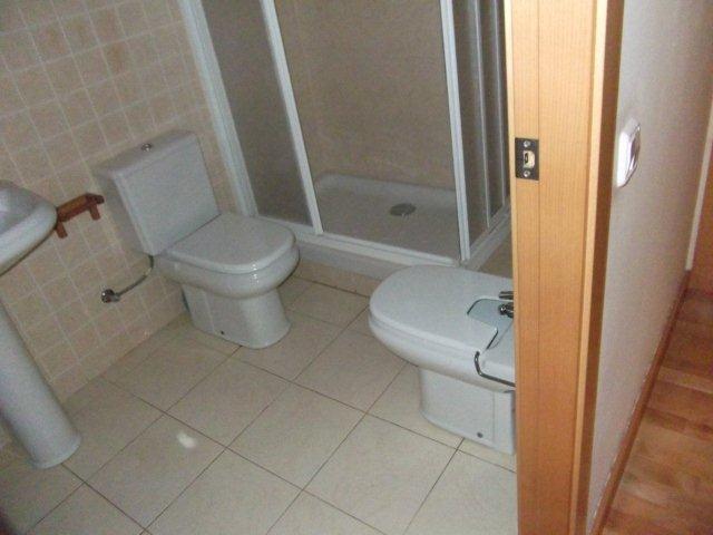 Apartamento en Castellv� de Rosanes (33908-0001) - foto1