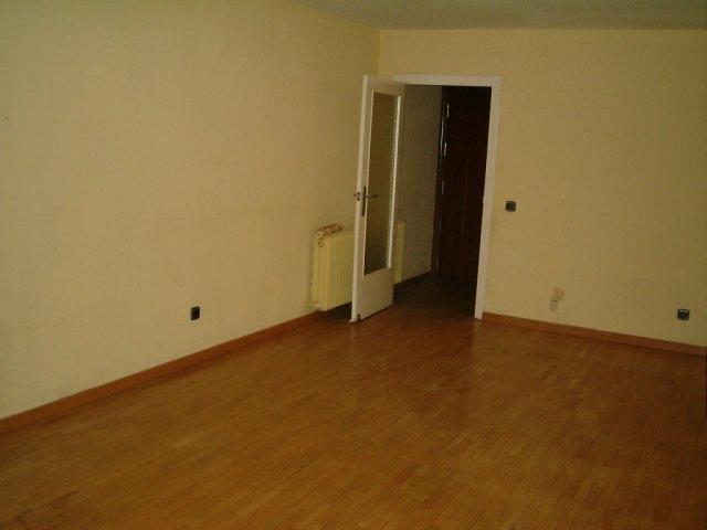Apartamento en Bargas (34260-0001) - foto2