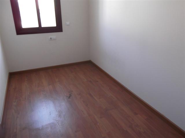 Apartamento en Sils (34282-0001) - foto1