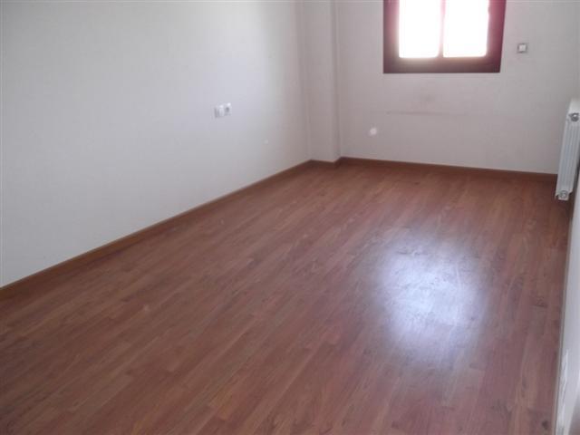 Apartamento en Sils (34282-0001) - foto4