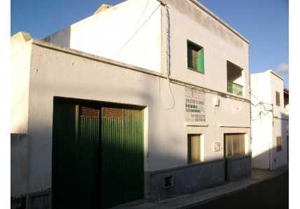 Edificio en San Bartolomé (34734-0001) - foto2