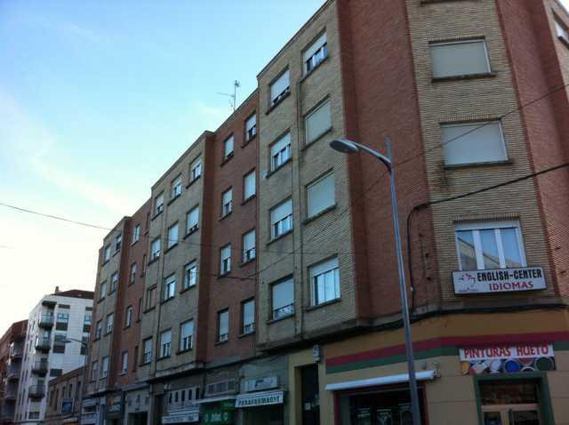 Apartamento en Calahorra (35796-0001) - foto0