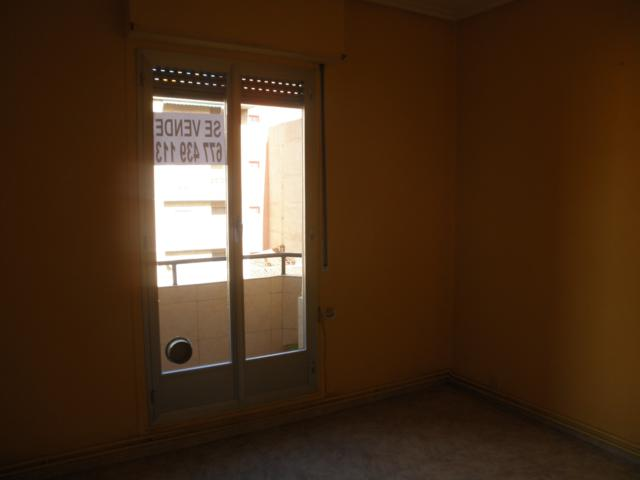 Apartamento en Logro�o (36005-0001) - foto3
