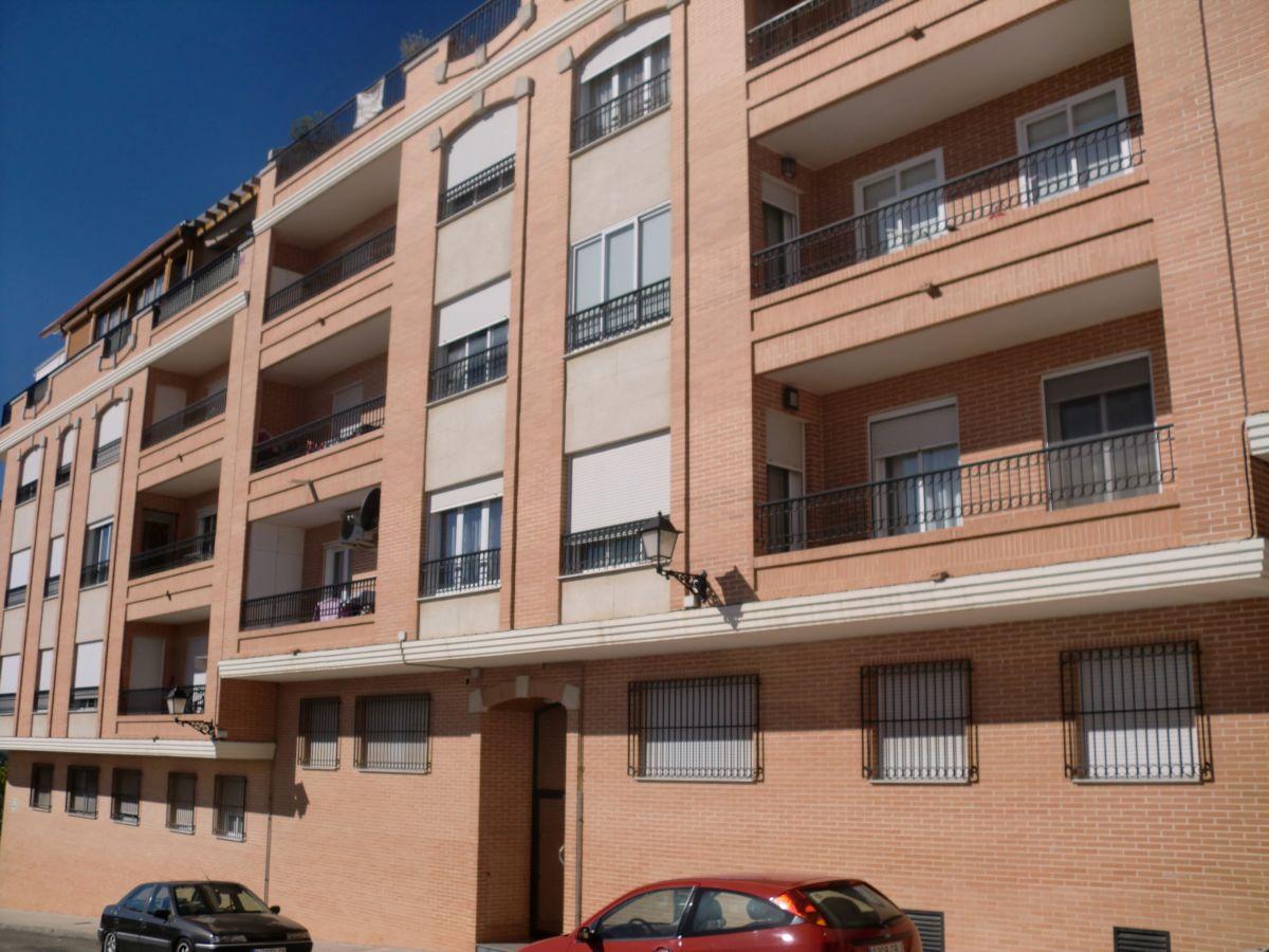 Apartamento en Requena (36287-0001) - foto0