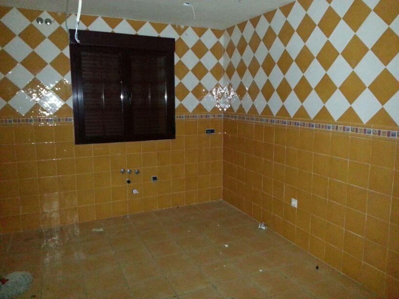 Edificio en Casar (El) (36400-0001) - foto3