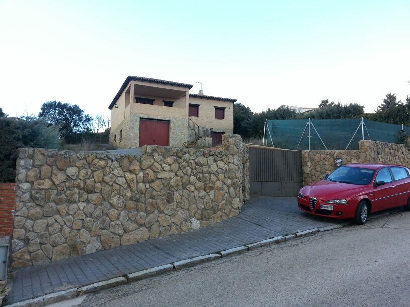 Edificio en Casar (El) (36400-0001) - foto1