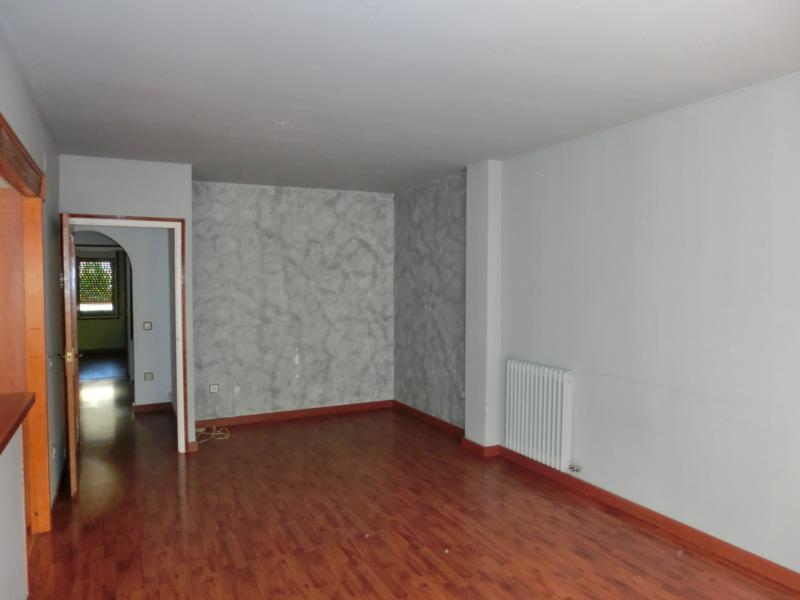 Apartamento en Figueres (36617-0001) - foto2