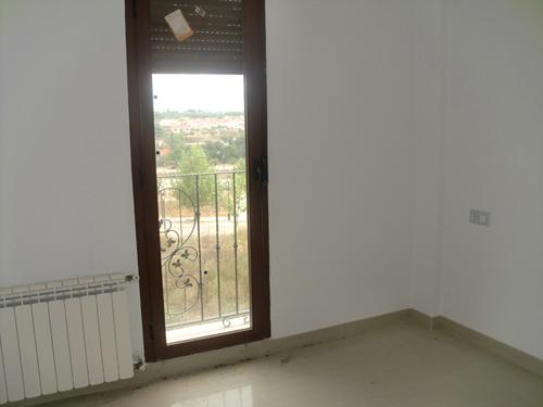 Apartamento en Requena (36733-0001) - foto3