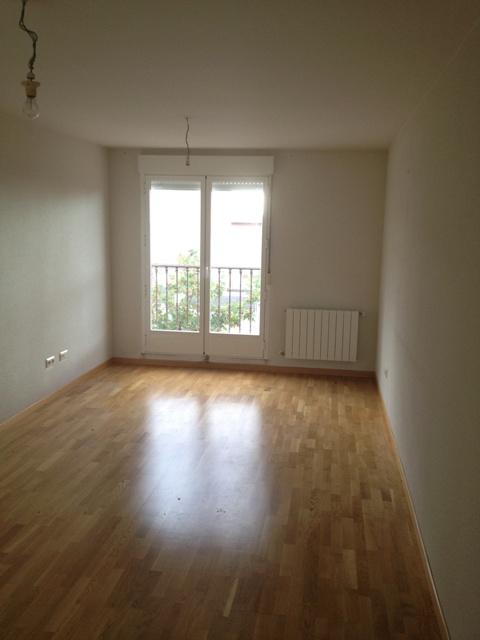 Apartamento en Palazuelos de Eresma (37215-0001) - foto1