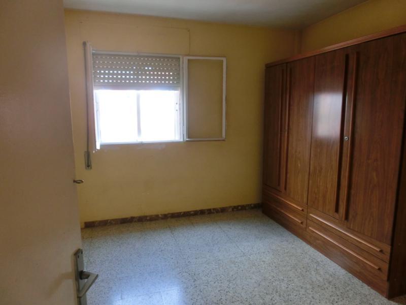 Apartamento en Figueres (37227-0001) - foto2