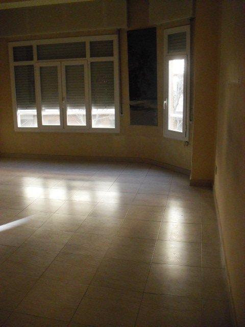 Apartamento en Lleida (37398-0001) - foto3