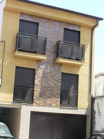 Apartamento en Cáceres (37935-0001) - foto0