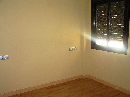 Apartamento en Cáceres (37935-0001) - foto3