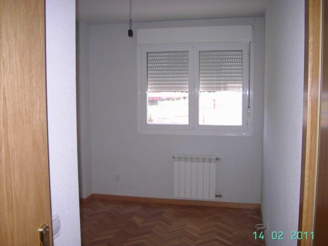 Apartamento en Camarena (42448-0001) - foto2
