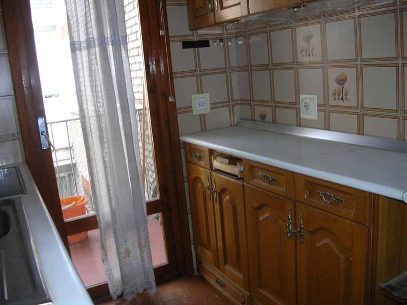 Apartamento en Parla (42741-0001) - foto1