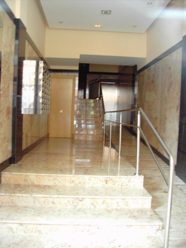 Apartamento en Logroño (42896-0001) - foto1