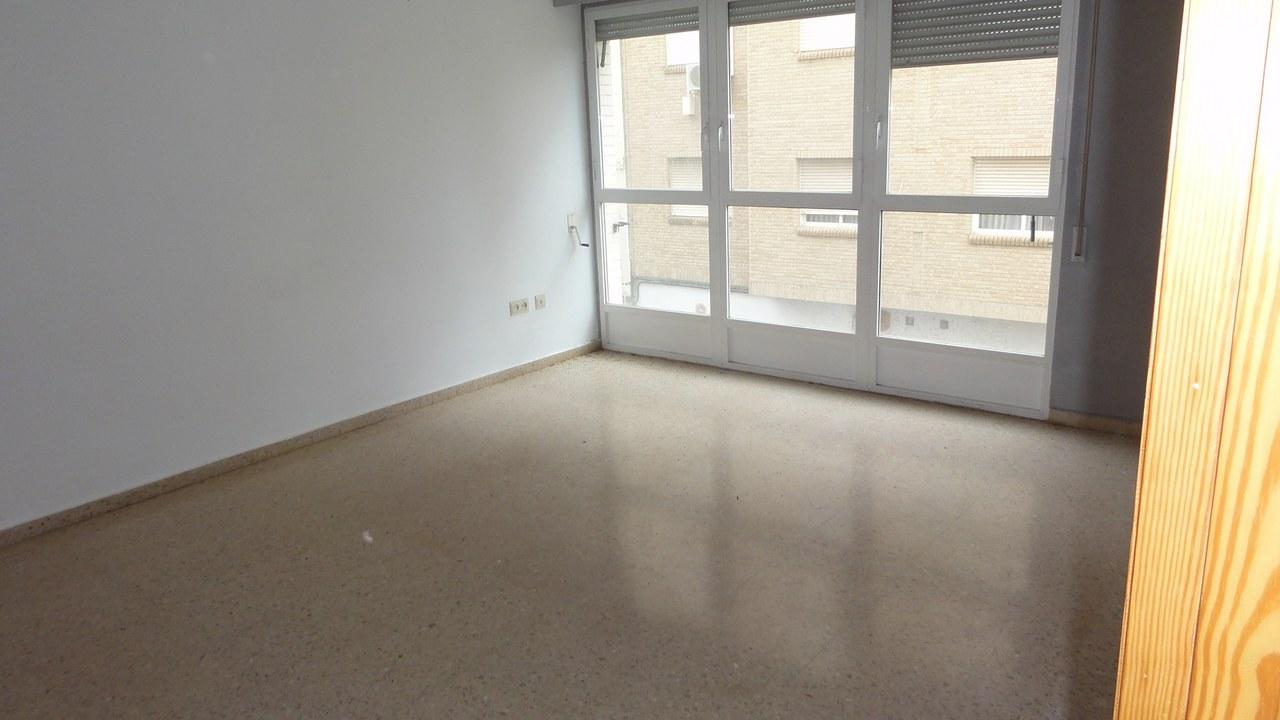 Apartamento en Moncada (43613-0001) - foto2