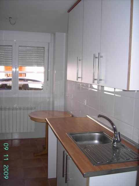 Apartamento en Camarena (43734-0001) - foto3