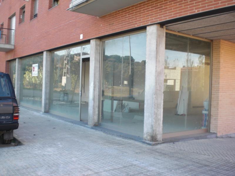 Locales en Vilanova del Vall�s (M30945) - foto2