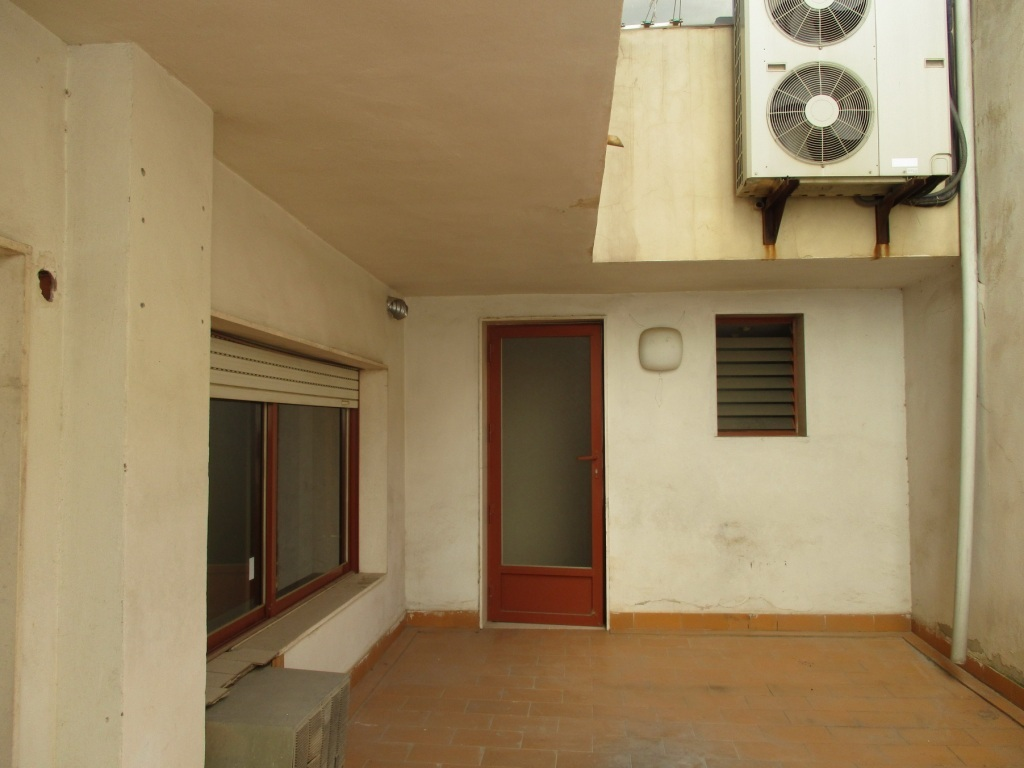 Locales en Elda (92454-0001) - foto7
