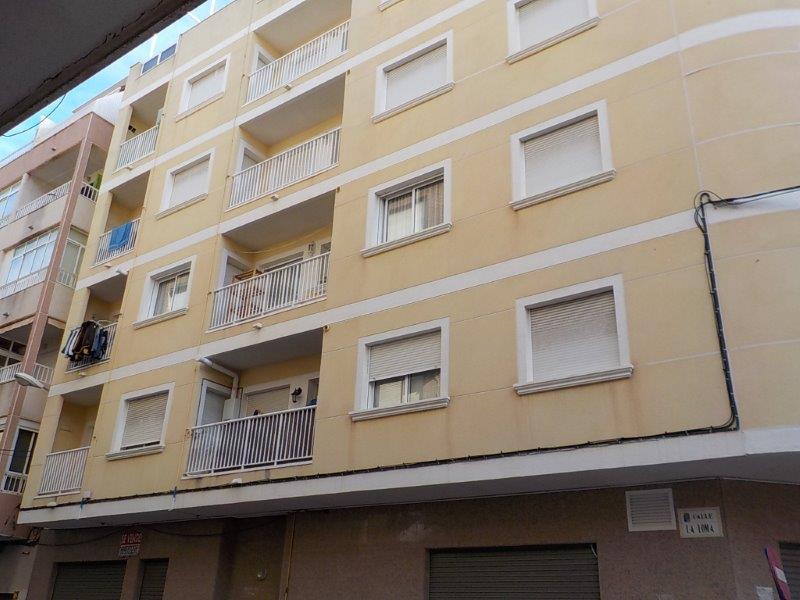 Piso en Torrevieja (73348-0001) - foto0