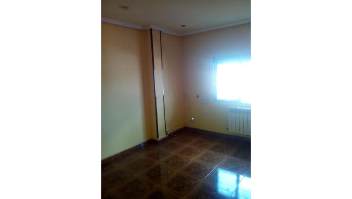 Piso en Valladolid (50623-0001) - foto3